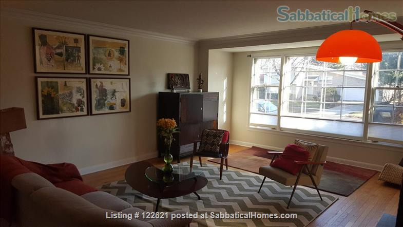 Spacious, Light-filled Furnished 4BD house with walkout balcony Skokie/Evanston /near Chicago Home Rental in Skokie, Illinois, United States 3