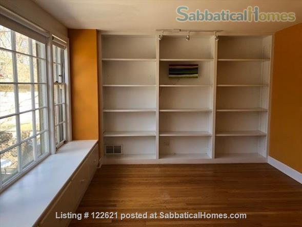 Spacious, Light-filled Furnished 4BD house with walkout balcony Skokie/Evanston /near Chicago Home Rental in Skokie, Illinois, United States 5