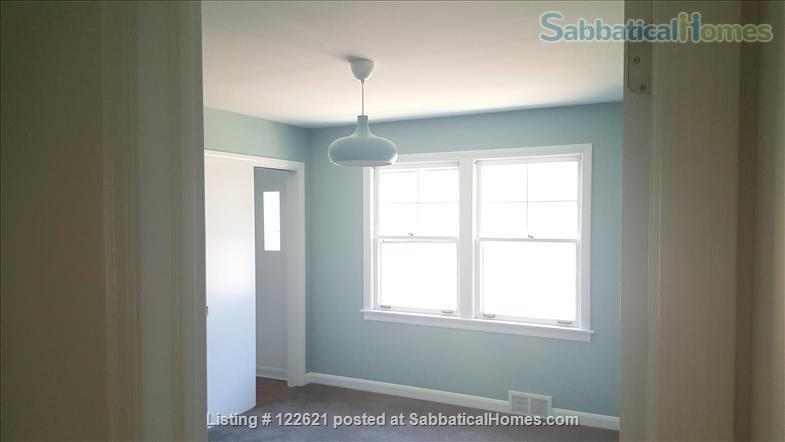 Spacious, Light-filled Furnished 4BD house with walkout balcony Skokie/Evanston /near Chicago Home Rental in Skokie, Illinois, United States 7