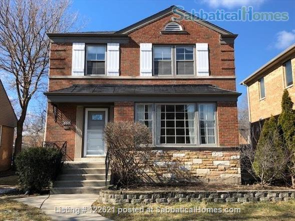 Spacious, Light-filled Furnished 4BD house with walkout balcony Skokie/Evanston /near Chicago Home Rental in Skokie, Illinois, United States 8