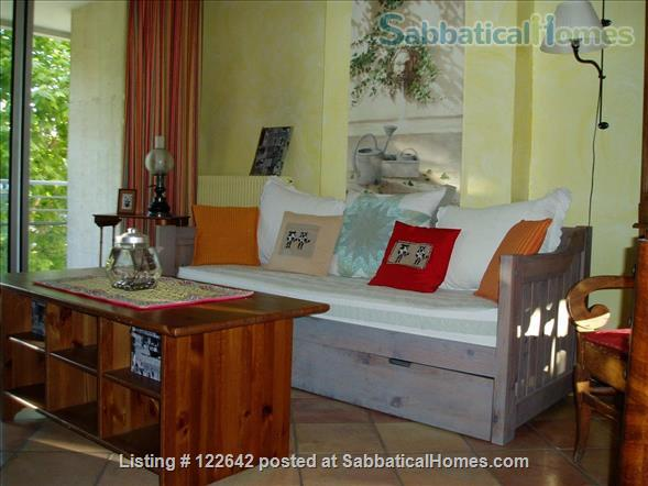 Sunny apartment in the heart of Aix-en-Provence Home Rental in Aix-en-Provence, Provence-Alpes-Côte d'Azur, France 1