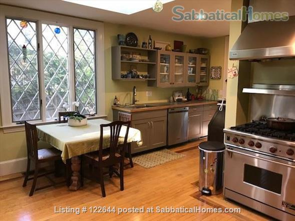 Private Victorian Home minutes to Boston College, Newbury College, 10 mins to Boston University, Simmons, Northeastern and all Hospitals in Brookline  Home Rental in Brookline, Massachusetts, United States 4