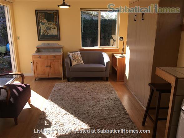 Bright, charming, cozy, private studio apartment. Home Rental in Berkeley, California, United States 0