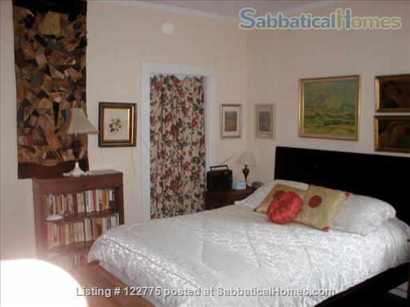 Open,sunny 3 bedroom condo, 12 minute walk to Harvard Square. Home Rental in Cambridge, Massachusetts, United States 5