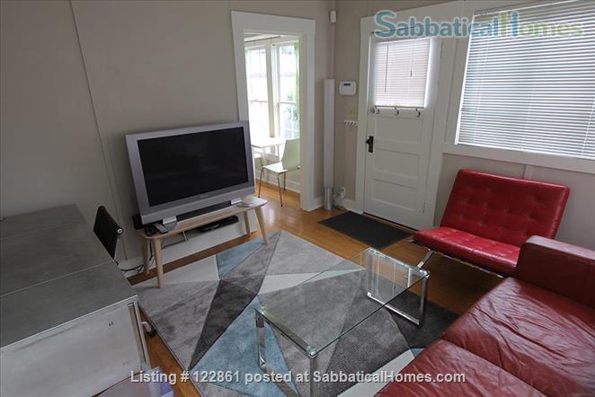 Charming Berkeley Cottage Home Rental in Berkeley, California, United States 2