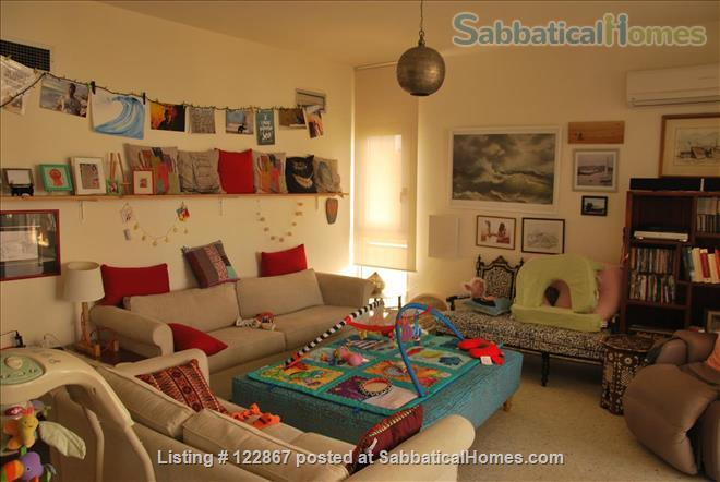 Sunny, Spacious Seaview Flat on Campus Home Rental in Beirut, Mount Lebanon Governorate, Lebanon 2