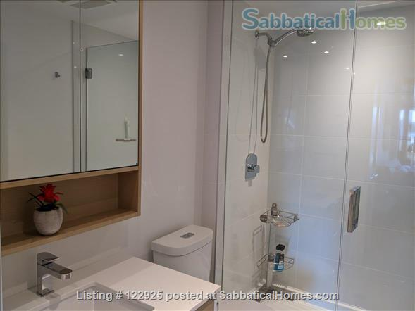 2 bdrm 2 bath in Olympic Village near Seawall Home Rental in Vancouver, British Columbia, Canada 2