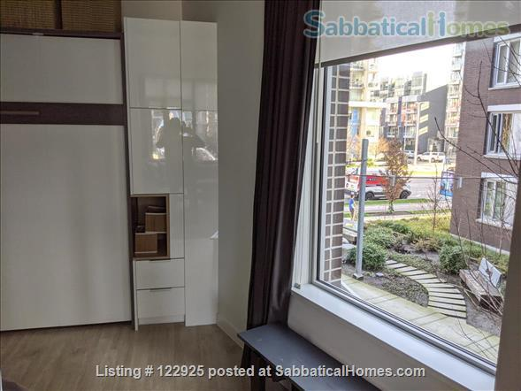 2 bdrm 2 bath in Olympic Village near Seawall Home Rental in Vancouver, British Columbia, Canada 4