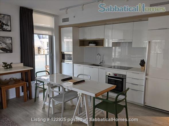 2 bdrm 2 bath in Olympic Village near Seawall Home Rental in Vancouver, British Columbia, Canada 5