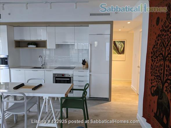 2 bdrm 2 bath in Olympic Village near Seawall Home Rental in Vancouver, British Columbia, Canada 7