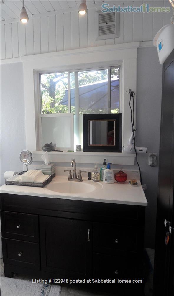 Visiting Female Scholar for North Berkeley Craftsman Room Private Bath Home Rental in Berkeley, California, United States 5