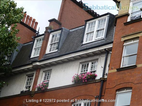 London apartment opposite the British Library Home Rental in London, England, United Kingdom 1