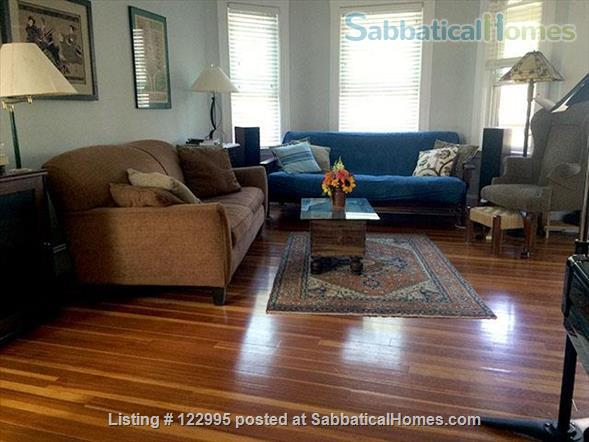 Peaceful, Convenient, Comfortable Condo in  Cambridge Home Rental in Cambridge, Massachusetts, United States 1