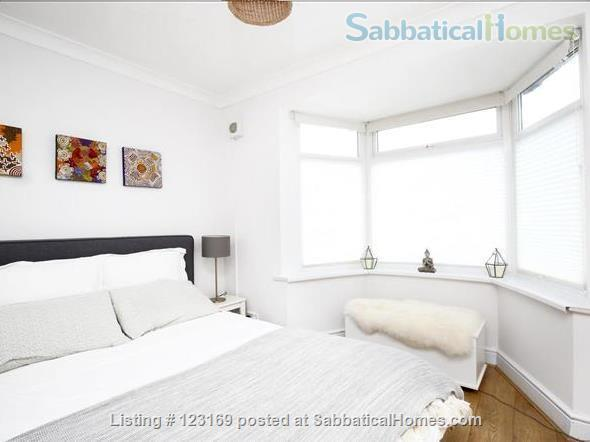 Stylish 1 bedroom flat with private garden - quiet street in Oxford (all inclusive!) Home Rental in Oxford, England, United Kingdom 5