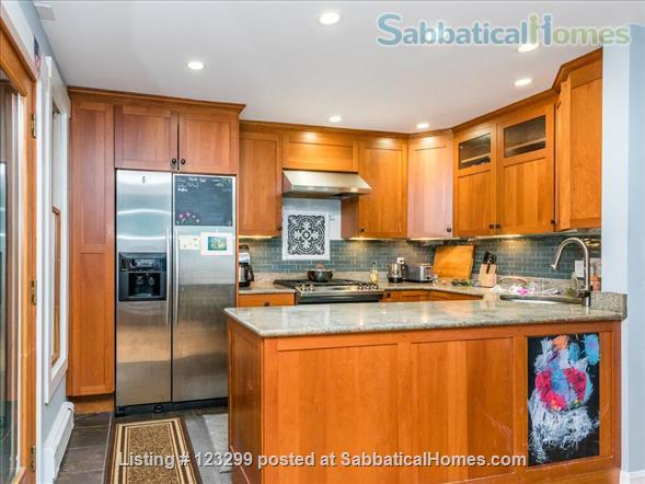 3 bedroom, 3 bath home in Cambridge, with parking and garden Home Rental in Cambridge, Massachusetts, United States 4