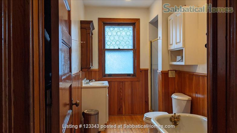 Lovely Victorian in Elmwood Village Home Rental in Buffalo, New York, United States 9