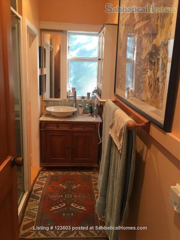 WAIHEKE ISLAND COTTAGE CLOSE TO FERRY Home Rental in Auckland, Auckland, New Zealand 7