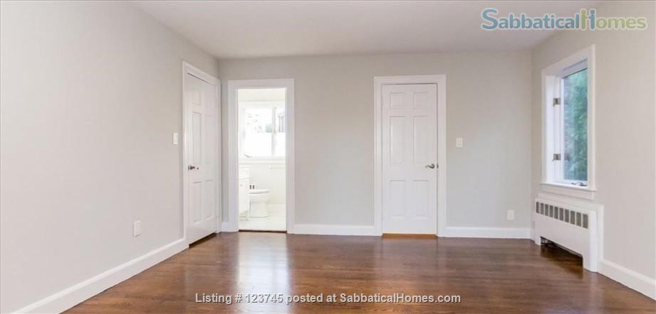 Newly remodeled family home convenient to Boston-area universities Home Rental in Newton, Massachusetts, United States 7