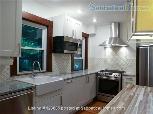 Newly renovated (&deleaded) 2 bedroom on quiet street walking distance to T Home Rental in Cambridge, Massachusetts, United States 4