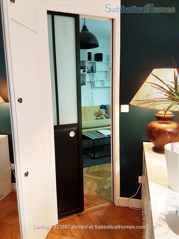 Beautiful 2 bedrooms apartment in the 15th Home Rental in Paris, Île-de-France, France 5