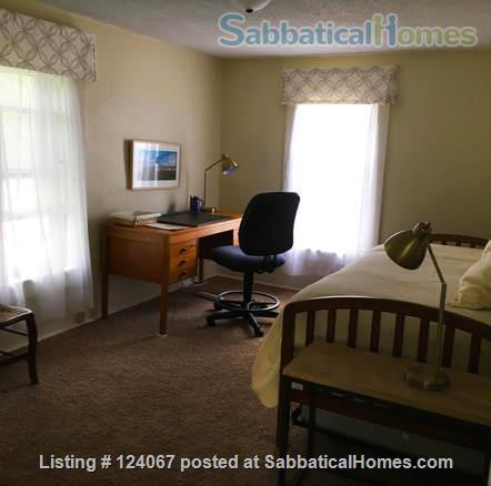The Little House Home Rental in Iowa City, Iowa, United States 4