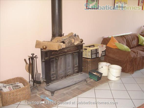 Airy 3 bedroom fully furnished house in pretty, self-contained village near Montpellier Home Rental in Prades-le-Lez, Occitanie, France 7
