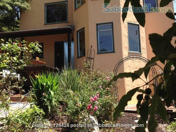 Berkeley Hills: spacious, self-contained apartment  with large private deck in serene park-like setting with wonderful views of  San Francisco and the Bay Home Rental in Kensington, California, United States 1
