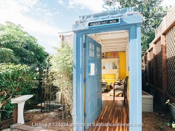 Berkeley Hills: spacious, self-contained apartment  with large private deck in serene park-like setting with wonderful views of  San Francisco and the Bay Home Rental in Kensington, California, United States 5