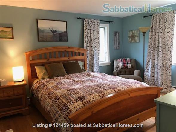 Private room in a quiet, comfortable home near UNH  Home Rental in Durham, New Hampshire, United States 1