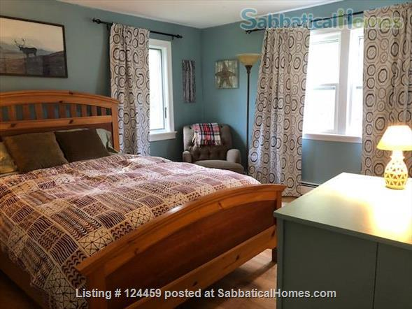 Private room in a quiet, comfortable home near UNH  Home Rental in Durham, New Hampshire, United States 0