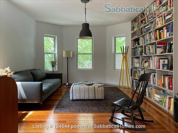 Furnished 2 bedroom / 2 bathroom condominium in Somerville Home Rental in Somerville, Massachusetts, United States 1