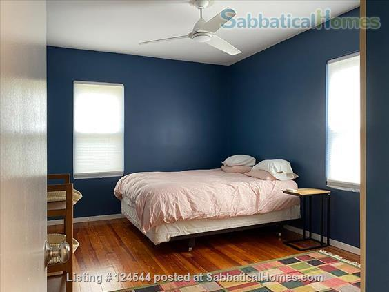 Furnished 2 bedroom / 2 bathroom condominium in Somerville Home Rental in Somerville, Massachusetts, United States 4