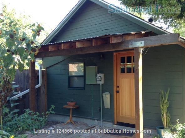 Bright Garden Cottage Menlo Park  Home Rental in Menlo Park, California, United States 1