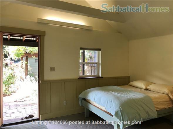 Bright Garden Cottage Menlo Park  Home Rental in Menlo Park, California, United States 5