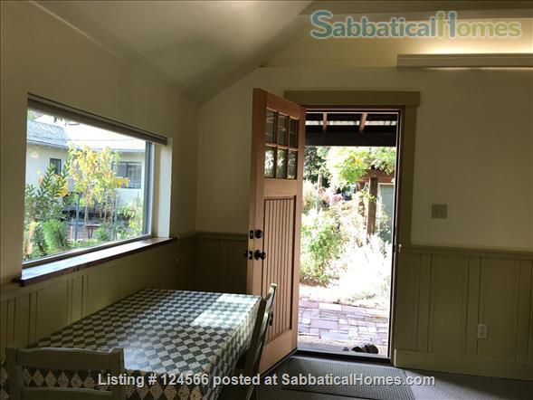 Bright Garden Cottage Menlo Park  Home Rental in Menlo Park, California, United States 6