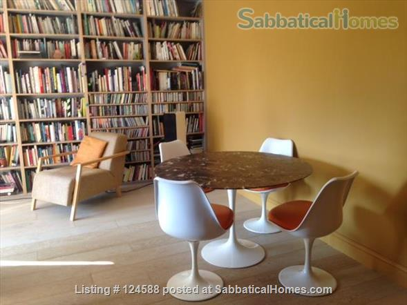 Central London,  Bright Comfortable 1-Bed Apartment, Walking Distance West End, UCL/LSE, Kings Cross St Pancras stations, British Library Home Rental in Clerkenwell, England, United Kingdom 1