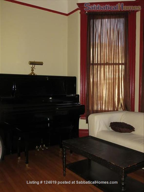 Huge 3 bedroom flat, all utilities included  in a beautiful San Francisco Victorian building. Walk score 98 in the center of the city right next to GG Park! Home Rental in San Francisco, California, United States 7