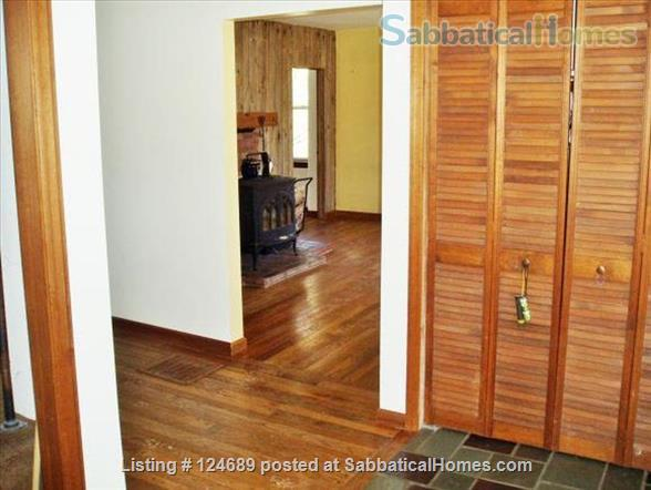 Charming, well maintained 1850 Farm House Home Rental in Ithaca, New York, United States 4