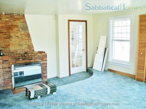 Charming, well maintained 1850 Farm House Home Rental in Ithaca, New York, United States 7