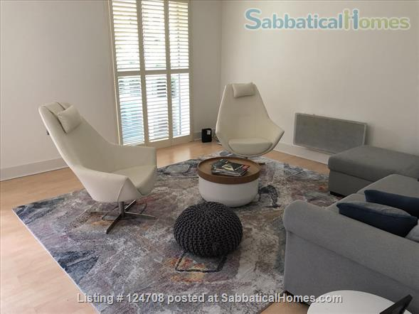 2BD 2BATH Angel Bright and Airy Flat with Patio and Concierge Home Rental in Clerkenwell, England, United Kingdom 0