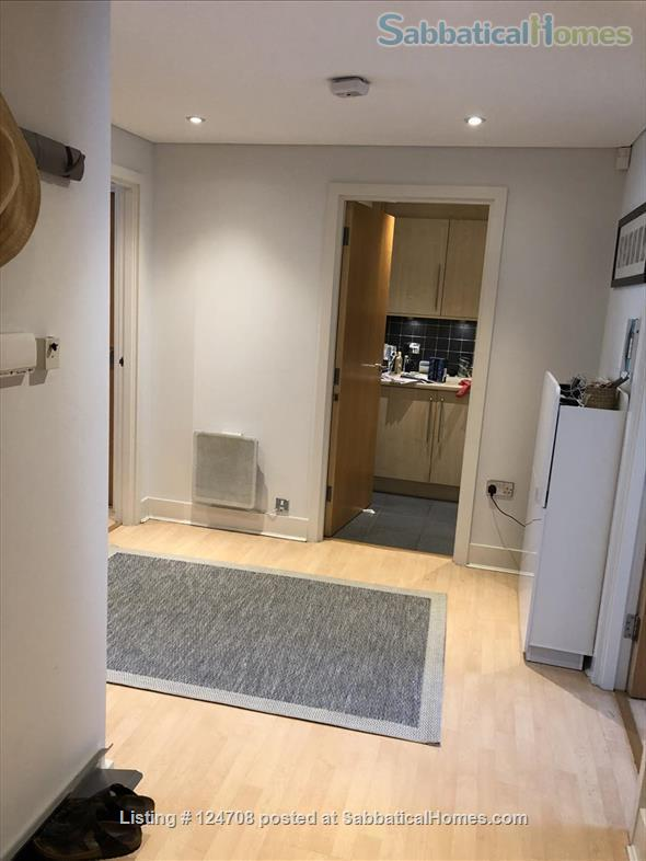 2BD 2BATH Angel Bright and Airy Flat with Patio and Concierge Home Rental in Clerkenwell, England, United Kingdom 6