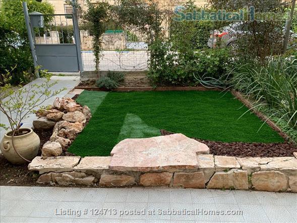 Beautiful 1 bedroom off of Emek Rephaim with private garden Home Rental in Jerusalem, Jerusalem District, Israel 0
