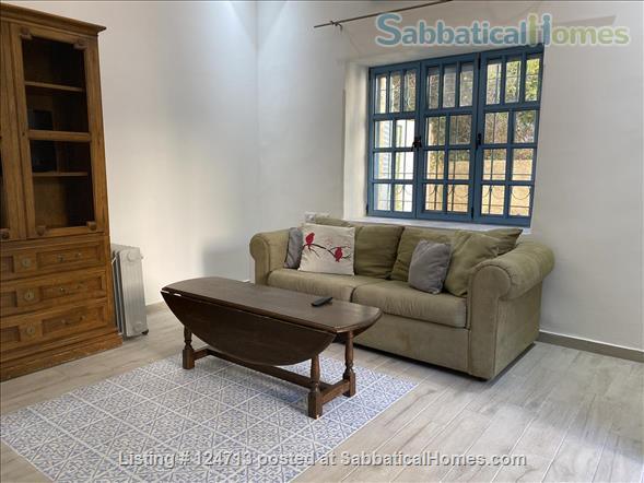 Beautiful 1 bedroom off of Emek Rephaim with private garden Home Rental in Jerusalem, Jerusalem District, Israel 3
