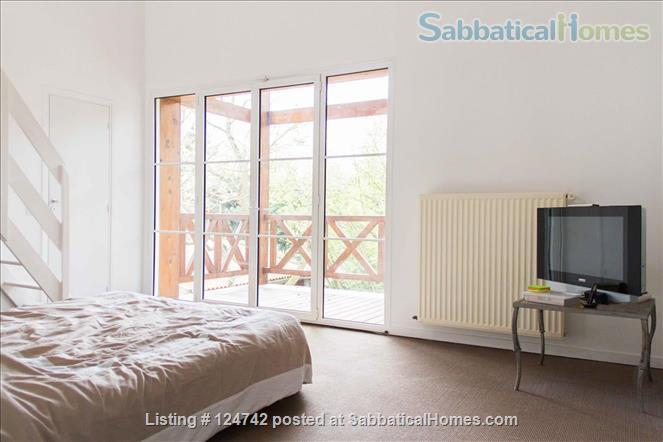 Modern design home with garden outside Paris, easy transport  Home Rental in Saint-Maur-des-Fossés, Île-de-France, France 3