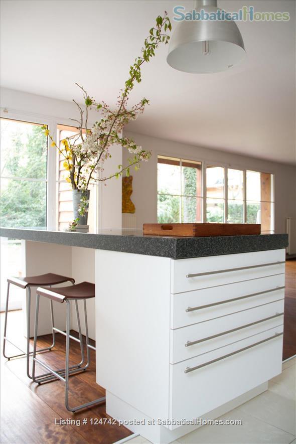 Modern design home with garden outside Paris, easy transport  Home Rental in Saint-Maur-des-Fossés, Île-de-France, France 8