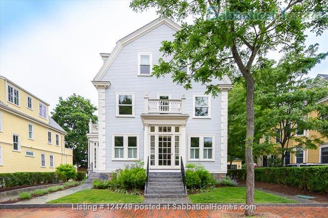 Renovated furnished apartment off Brattle Street Home Rental in Cambridge, Massachusetts, United States 1