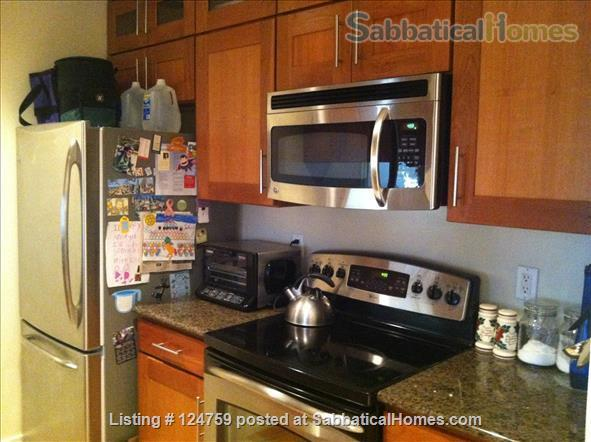 Furnished 2BR/2BR condo in Baltimore City's Canton neighborhood Home Rental in Baltimore, Maryland, United States 3