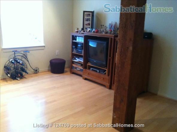 Furnished 2BR/2BR condo in Baltimore City's Canton neighborhood Home Rental in Baltimore, Maryland, United States 6