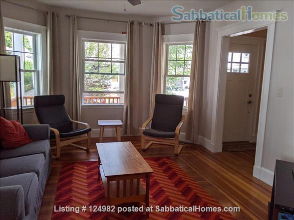 Sunny apt with bedroom and office near Tufts, Harvard, & MIT - Util included Home Rental in Arlington, Massachusetts, United States 0