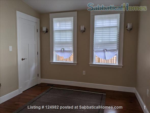 Sunny apt with bedroom and office near Tufts, Harvard, & MIT - Util included Home Rental in Arlington, Massachusetts, United States 8